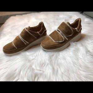 UGG Ashby Spill Seam Sneaker (9) NWOT